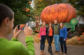 Kings Dominion Halloween Dates by Halloween Thrills At 10 Mid Atlantic Theme Parks