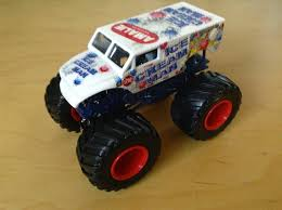 Julian's Hot Wheels Blog: Ice Cream Man Monster Jam Truck (New For 2015)