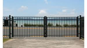 100 Contemporary Gate Range Fence And Systems By Juralco