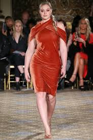 ashley graham candice huffine plus size models on the fall 2017