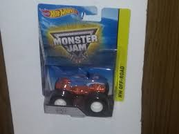 100 Shark Wreak Monster Truck Hot Wheels Jam 164 For Sale
