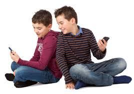 a quel age un enfant tient assis 28 images a quel 226 ge un b