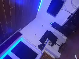 ich habe zuhause mein wohnzimmer mit led band zugekleistert