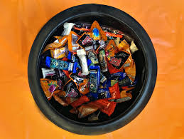 Donate Halloween Candy To Troops Overseas by Creative Ways To Use Halloween Candy Carb Dm
