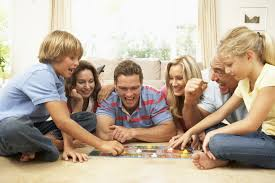 4 Ways Playing Board Games Benefits The Whole Family