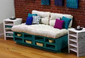 24 Creative Ideas To Make Functional Furniture From Pallets
