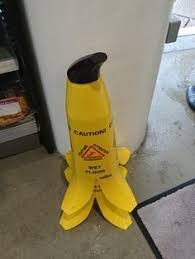 Banana Wet Floor Sign by This Restaurant U0027s Caution Wet Floor Signs Are Bananas Pets