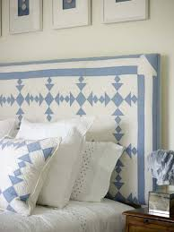 Quilt As Headboard What A GREAT Way To Display Old Quilts Cozy Bedroom DecorPeaceful