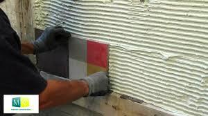 pose carrelage mural cuisine poser carrelage mural sur carrelage maison design bahbe com