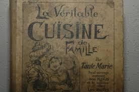 vieux livre de cuisine livre de cuisine ancien ustensiles de cuisine vintage