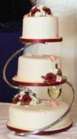 something to go with the metal ring toppers 3 tiered wedding cake