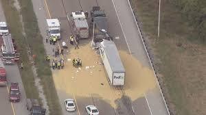 100 Fedex Truck Accident Westbound 5570 Near Collinsville Reopened After 2semi Crash News