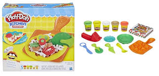 Play Doh Kitchen Creations Pizza Party or Play Doh Kitchen
