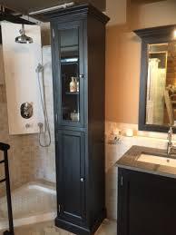 badezimmerschrank schwarz mit eine glastür schrank schwarz