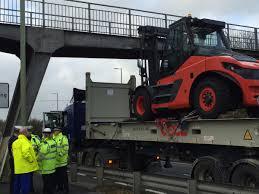 100 Truck Stuck Under Bridge VIDEO Road Closed After Lorry Gets Stuck Under Bridge Daily Echo