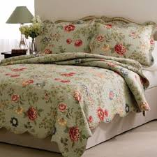 buy queen quilts from bed bath beyond