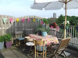 Inexpensive Patio Ideas Uk by Splashy Offset Umbrella In Patio Eclectic With Contemporary
