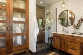 75 badezimmer mit fliesen in holzoptik ideen bilder