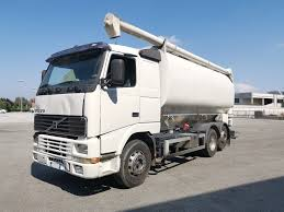 100 Feed Truck VOLVO FH12 Feed Truck