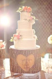 Diy Round Wedding Cake Stand Tree Stumps Ideas For Rustic Country Weddings Deer Stump Is Adorable