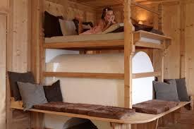 Rustic Log Cabin Design With Stunni