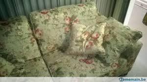 canapé anglais tissu fleuri canapé 3 places beau tissu fleuri style anglais a vendre