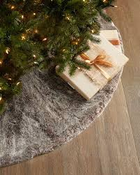 72 Inch Christmas Tree Skirts by Best 25 Modern Christmas Tree Skirts Ideas On Pinterest