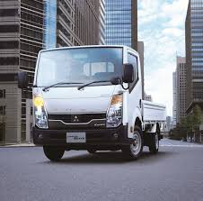Fuso And Nissan Seal Cooperation For Light-Duty Trucks: Daimler ...
