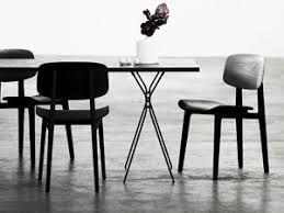 schwarze stühle aus holz modernes design sitzkomfort