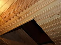 lambris bois blanc plafond peindre lambris plafond agaroth