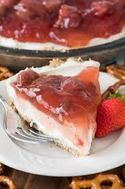 No Bake Strawberry Pretzel Salad Pie this easy recipe has a pretzel crust creamy