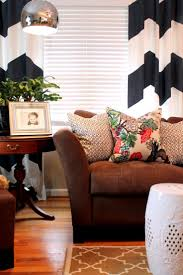 Living Rooms With Brown Couches by 30 Best Accent Colors For My Brown Couch Images On Pinterest