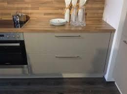 neue traumküche mit großer kochinsel einbauküche 27