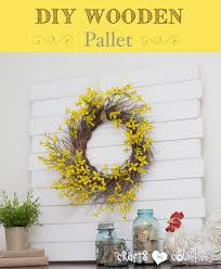 Easy To Make DIY Wooden Pallet Mantle Centerpiece