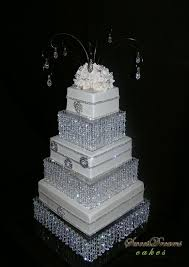 Bling For Wedding Cakes Wonderful Ideas 7 1000 About On Pinterest