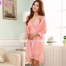 femme de chambre sans culotte nuisette culottes robe de chambre satin soie ultra costumes