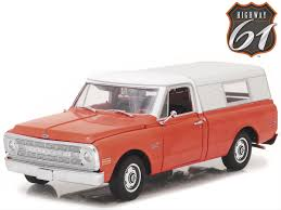 100 1970 Chevy Pickup Truck 118 Scale C10 With Cap Diecast Model HWY18004