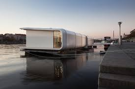 100 Houseboat Project Port X
