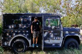 Privately Owned Armored Trucks Raise Eyebrows After Dallas Police ... Refurbished Ford F800 Armored Truck Cbs Trucks Mexican Cartel Found Near Border Meet The Police Swat Of Your Dreams Maxim Truck Spills Money After It Hit A Pothole And Crashed On I Wanted Heavy Vehicles Oklahoma Watch Cars Ukrainian Armor Varta 21st Century Asian Arms Race Robbed Outside Southeast Austin Bank Youtube Brinks Stock Photos Garda Armored Yelagdiffusioncom Seek Men Who Car At North Star Mall San Editorial Otography Image Itutions