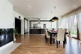 städtische wohnung küche esszimmer und wohnzimmer