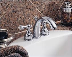 Mini Widespread Bathroom Faucet by Faucet Com 4530 Lhp In Chrome By Delta