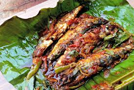 100 Mathi Pollichathu Grilled Sardines In Banana Leaf
