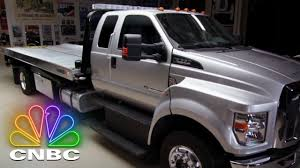 Jay Leno's Garage: Jay Leno Takes A Ford F650 Tow Truck Out To A ...