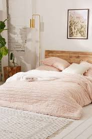 8 Cozy Bedroom Ideas For Fall
