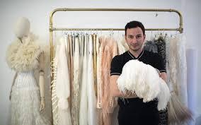 bureau de styliste mode serkan cura virtuose de la plume le parisien