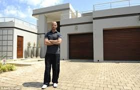Mansion where Oscar Pistorius blasted model Reeva Steenkamp is