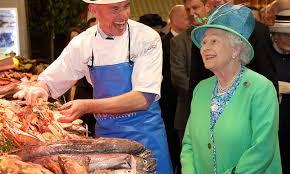 salaire chef cuisine la reine d angleterre recrute un nouveau chef à un salaire surprenant