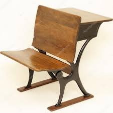 chaise de bureau antique bureau et chaise d école antique photographie serenethos 11350852