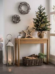 Decorate with a small Christmas tree 15 ideas to inspire you