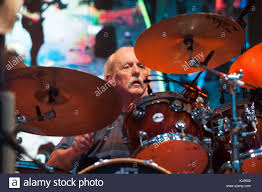 Butch Trucks Stock Photos & Butch Trucks Stock Images - Alamy From The Soul Rembering Allman Brothers Bands Gregg Download Wallpaper 25x1600 Allman Brothers Band Rock The Band Road Goes On Forever Dickey Betts Katz Tapes Rip Butch Trucks Phish Founding Drummer Of Dies Notable Deaths 2017 Nytimescom Brings Legacy To Bradenton Interview Updated Others Rember Brings Freight Train To Stageone Photos Videos